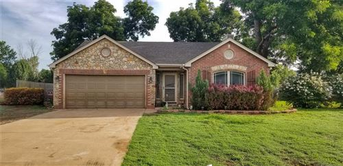 Photo of 15051 W 18th Place, Sand Springs, OK 74063 (MLS # 1925433)