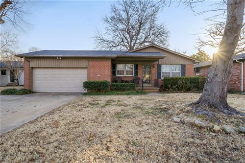 Photo of 4605 S Quincy Place, Tulsa, OK 74105 (MLS # 2101449)