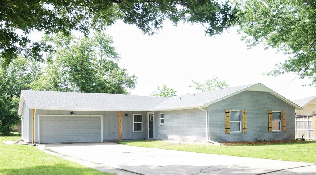 4 beds, 2 baths, 1,540 sq ft - 3235 S 210th East Avenue, in Broken Arrow $147,900 - Listing ID: 1911467 - Keller Williams Realty Preferred