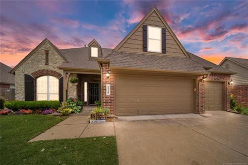 Photo of 4119 W Kent Court, Broken Arrow, OK 74012 (MLS # 2023472)