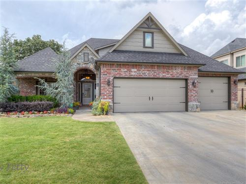 Photo of 519 W 38th Place, Sand Springs, OK 74063 (MLS # 1924478)