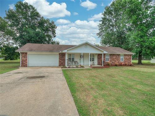 Photo of 112 S Hayden Street, Chouteau, OK 74337 (MLS # 2023499)