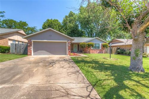 Photo of 150 W Laredo Place, Broken Arrow, OK 74012 (MLS # 2023507)
