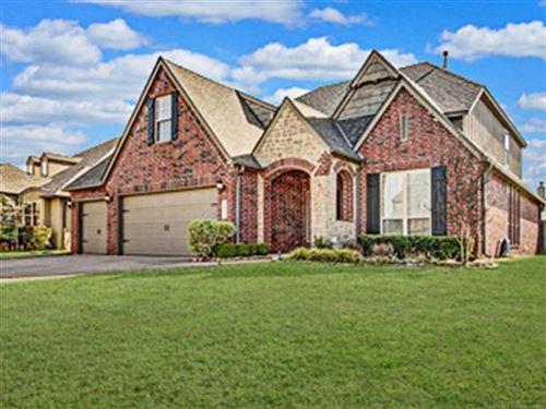 Photo of 4617 S 172nd East Avenue, Tulsa, OK 74134 (MLS # 2011516)