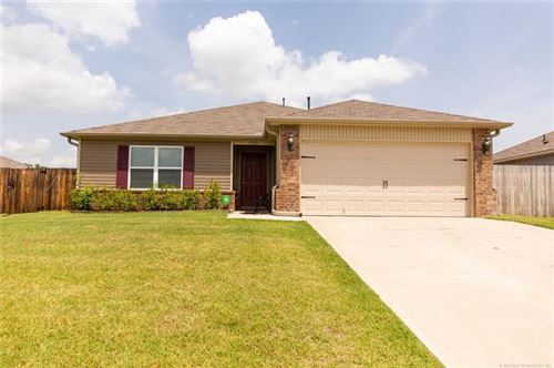 Photo of 1505 S 29th Court, Broken Arrow, OK 74014 (MLS # 2023516)