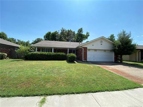 Photo of 2828 S 96th East Place, Tulsa, OK 74129 (MLS # 2023521)
