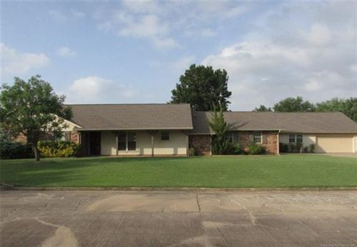 Photo of 604 Hilltop Lane, Muskogee, OK 74403 (MLS # 2023528)