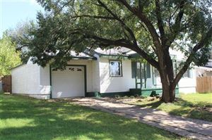 Photo of 1622 S Elm Avenue, Bartlesville, OK 74003 (MLS # 1935544)