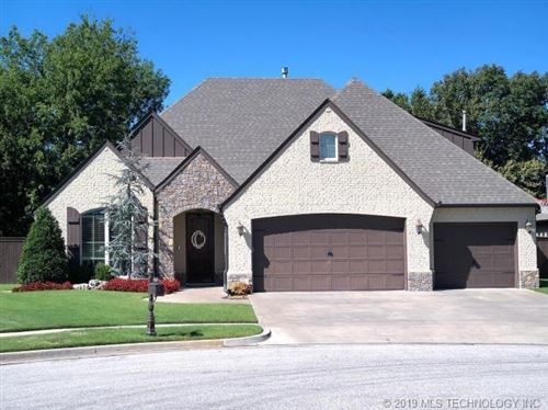 Photo of 14544 S Hudson Avenue, Bixby, OK 74008 (MLS # 1918546)