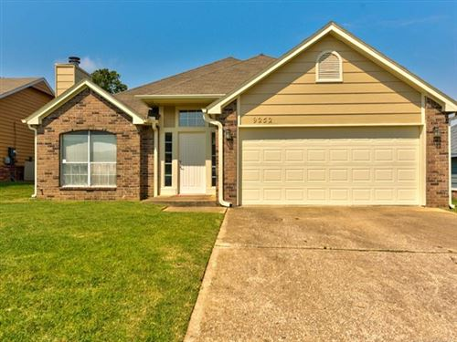 Photo of 9252 S 85th East Avenue, Tulsa, OK 74133 (MLS # 2028547)