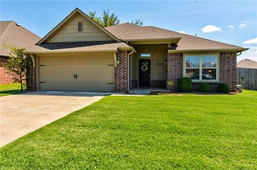 Photo of 1228 E 134th Street, Glenpool, OK 74033 (MLS # 2028549)