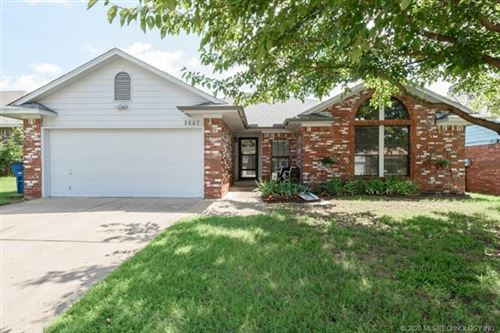 Photo of 2807 S 124th East Avenue, Tulsa, OK 74129 (MLS # 2028553)