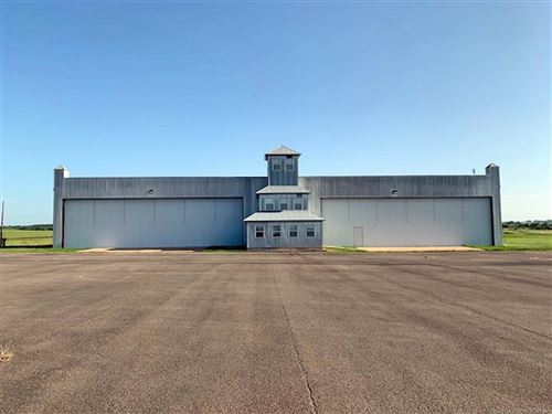 Photo of 2100 Airport Parkway, Tahlequah, OK 74464 (MLS # 2107597)