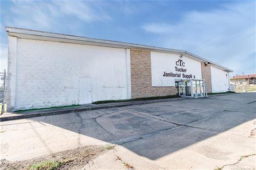 Photo of 6940 E 12th Street, Tulsa, OK 74112 (MLS # 2101614)