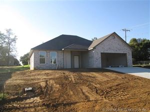 Photo of 301 Olive Street, Fort Gibson, OK 74434 (MLS # 1937624)