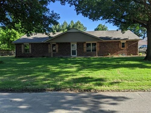Photo of 1505 Bowden Place, Fort Gibson, OK 74434 (MLS # 2008669)