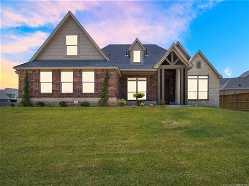 Photo of 430 E 127th Place, Jenks, OK 74037 (MLS # 2028678)
