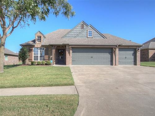 Photo of 1207 E 134th Place, Glenpool, OK 74033 (MLS # 1935696)