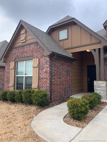 Photo of 13226 S 21st Place, Bixby, OK 74008 (MLS # 2006699)