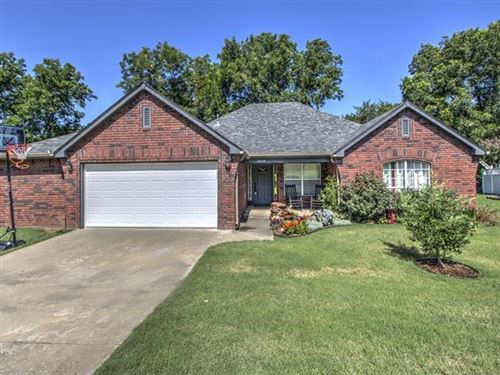Photo of 2014 W 4th Place, Claremore, OK 74017 (MLS # 2027741)