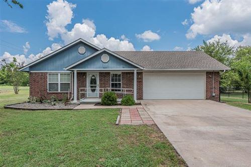 Photo of 801 NE 6th Street, Wagoner, OK 74467 (MLS # 2023755)