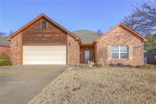 Photo of 2606 Highwood Place, Claremore, OK 74017 (MLS # 1845758)