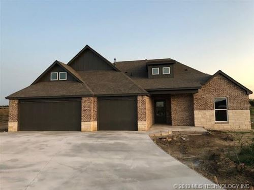 Photo of 6438 E 127th Place North, Collinsville, OK 74021 (MLS # 1942792)