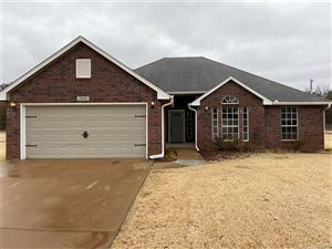Photo of 15102 W 18th Place, Sand Springs, OK 74063 (MLS # 1940797)