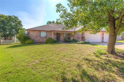 Photo of 1302 W Orlando Street, Broken Arrow, OK 74011 (MLS # 2019798)
