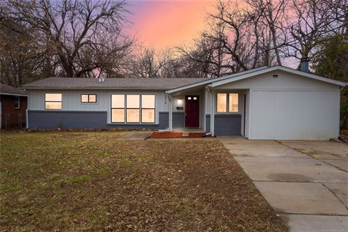 Photo of 3814 S Pittsburg Avenue, Tulsa, OK 74135 (MLS # 2101798)