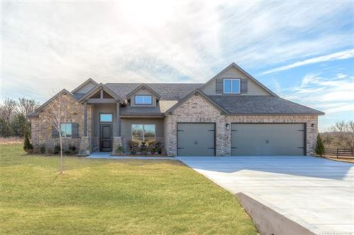 Photo of 2108 E 45th Place, Sand Springs, OK 74063 (MLS # 1943807)