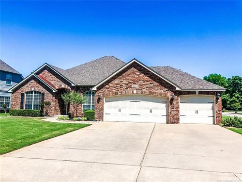 Photo of 10215 S Evanston Avenue, Tulsa, OK 74137 (MLS # 2016818)