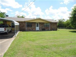 Photo of 303 SW 13th Street, Wagoner, OK 74467 (MLS # 1921860)