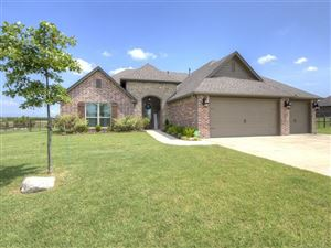 Photo of 6337 E 127th Place North, Collinsville, OK 74021 (MLS # 1924894)