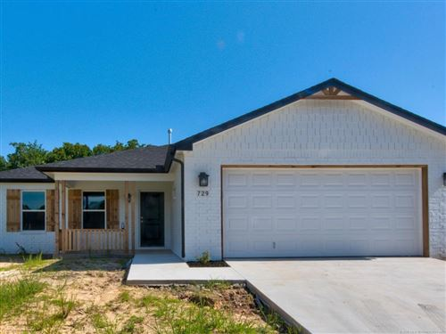 Photo of 729 Canton Place, Mannford, OK 74044 (MLS # 1920899)
