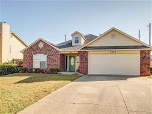 Photo of 5323 S Spruce Drive, Sand Springs, OK 74063 (MLS # 1932913)