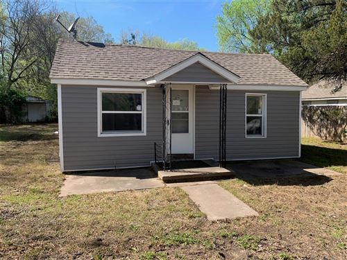 Photo of 1027 S D Street, Muskogee, OK 74403 (MLS # 2011914)