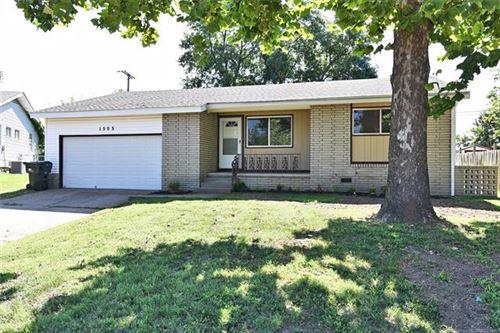 Photo of 1505 E Jones Avenue, Sapulpa, OK 74066 (MLS # 2026926)