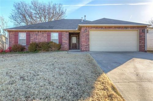 Photo of 623 N Division Street, Coweta, OK 74429 (MLS # 2000927)