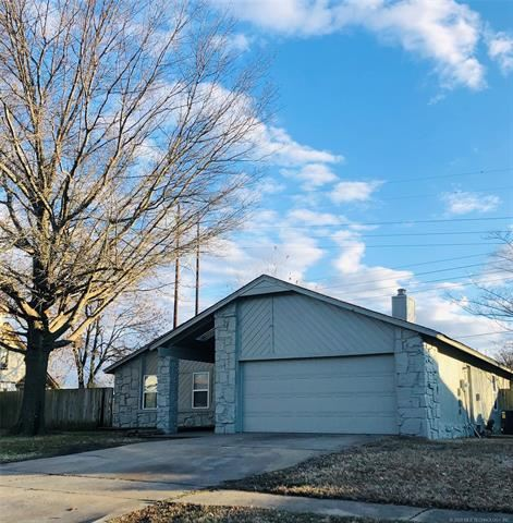 Photo of 2909 E Reno Street, Tulsa, OK 74014 (MLS # 2002948)