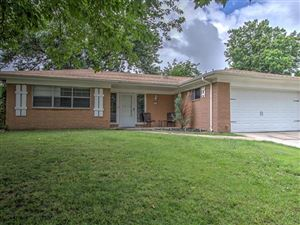Photo of 3842 S 88th East Place, Tulsa, OK 74145 (MLS # 1921954)