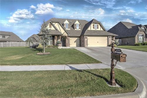 Photo of 8705 N 155th East Avenue, Owasso, OK 74055 (MLS # 1941960)