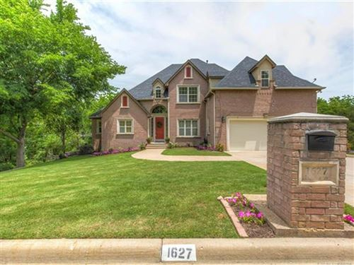 Photo of 1627 N Waco Avenue, Tulsa, OK 74127 (MLS # 2019980)