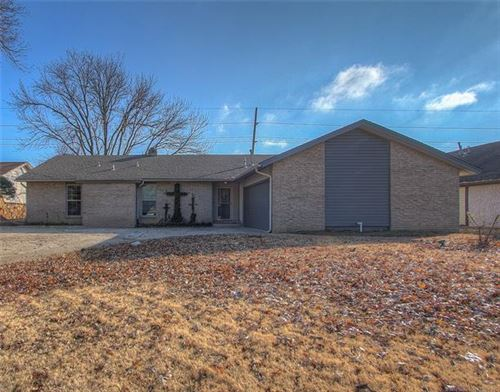 Photo of 7753 S 72nd East Avenue, Tulsa, OK 74133 (MLS # 1942988)
