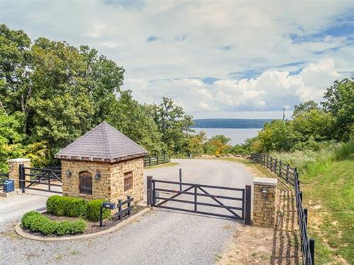 Photo of 209 Stone Ridge Road, Eufaula, OK 74432 (MLS # 2019992)
