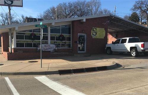 Photo of 200 N Garfield Avenue, Sand Springs, OK 74063 (MLS # 2018998)