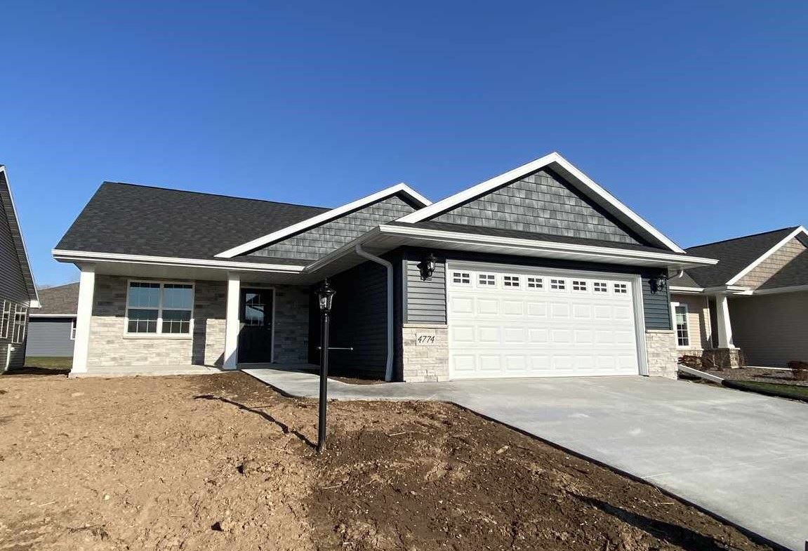 Photo for 4774 N TONY Court #16, APPLETON, WI 54913 (MLS # 50231001)