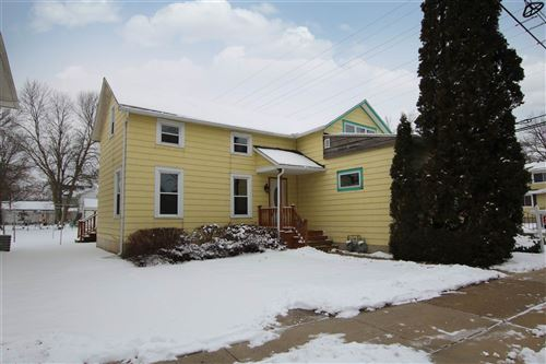Photo of 398 W DIVISION Street, FOND DU LAC, WI 54935 (MLS # 50227007)
