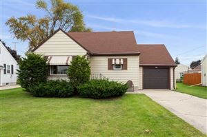 Photo of 137 N LINCOLN Street, KIMBERLY, WI 54136 (MLS # 50211008)