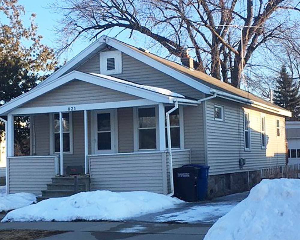 821 W 12TH Avenue, Oshkosh, WI 54902 - MLS#: 50236008